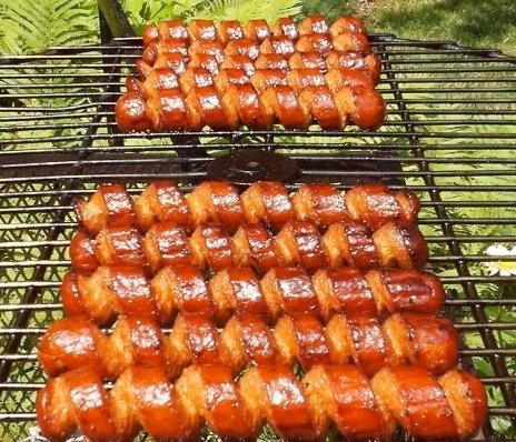 Wynder's Spiral Cut Hot Dogs