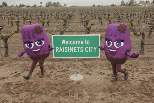 """Raisinets City"", Calif. (March 24, 2011) /PRNewswire/ — March 24th is National Chocolate Covered Raisin Day and in celebration NESTLÉ® RAISINETS® took over the small town of Raisin City, California renaming it: ""RAISINETS City"" for the day!"