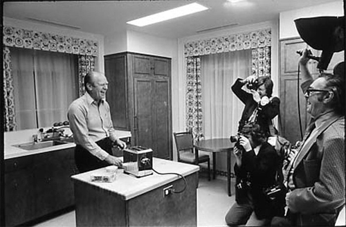 President Ford preparing his own breakfast at his home in Alexandria in 1975.